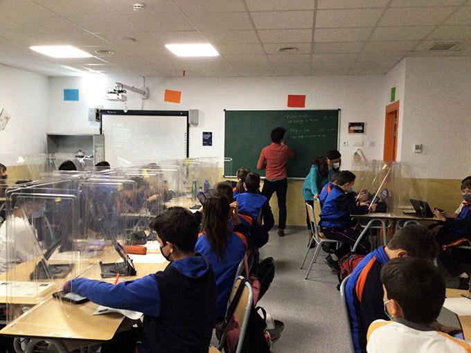 Colegio Aquila · The Aquila Times #6
